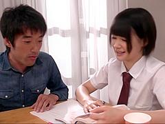 Die zierliche JAP-Anwältin Shiori Uehara hat uns vor Gericht von ihrem Angeklagten hart gefickt