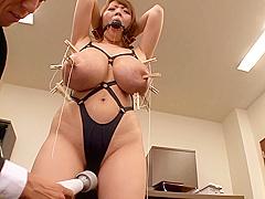 Hitomi|性奴隷にされてしまった爆乳社長秘書
