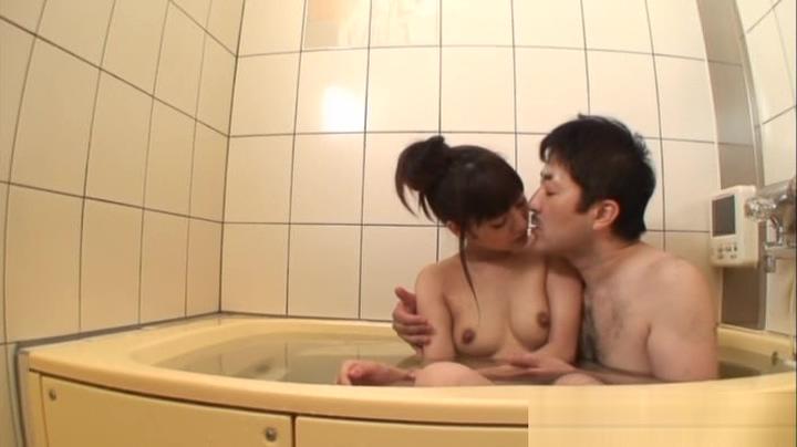 Rei Mizuna Asian schoolgirl enjoys a bath and hard fucking