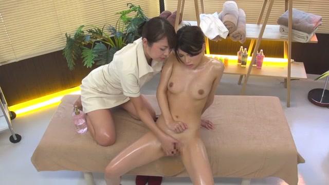 Lesbian Pussy Oil Massage