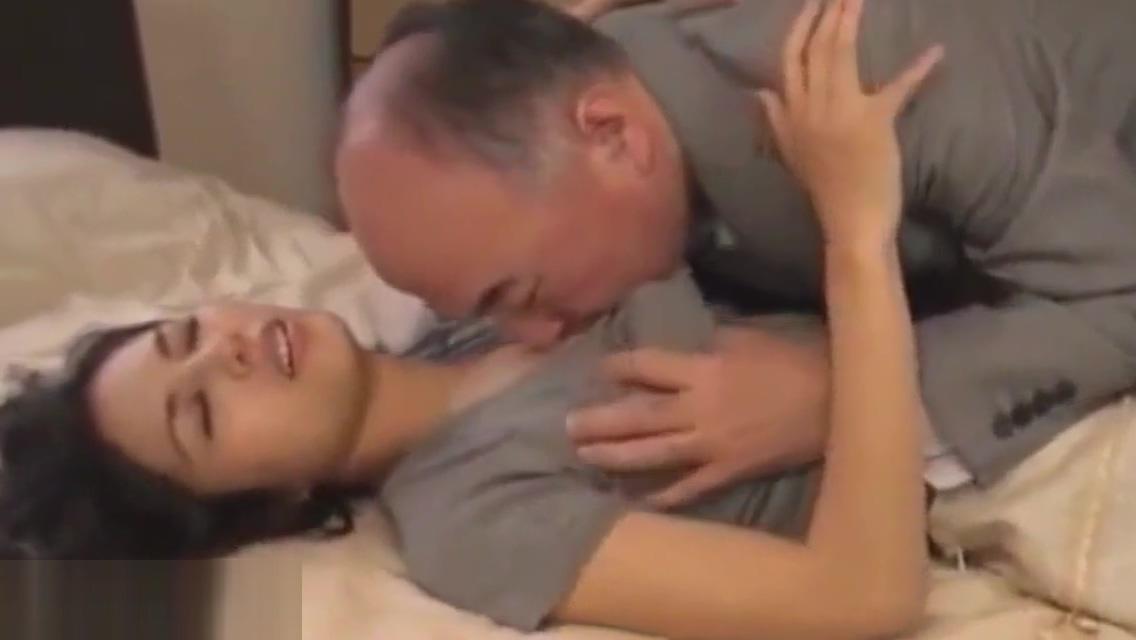 Step Daughter Fucks Dad